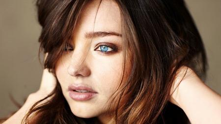 میراندا کر مانکن زیبای استرالیایی miranda kerr blue eye