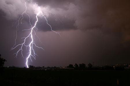 عکس رعد و برق در آسمان شب aks rad barg shab