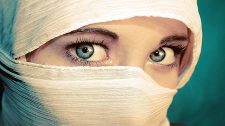 عکس دختر زیبا با چشمان آبی blue eye girl face