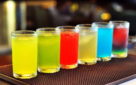 نوشیدنی های گاز دار خنک cocktail cool drink