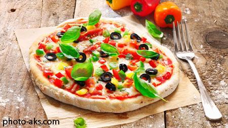 پیتزا لذیذ ایتالیایی delicious italian pizza