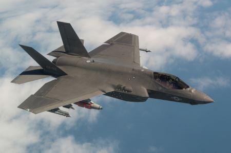 عکس جت جنگنده اف 35 f35 fighter