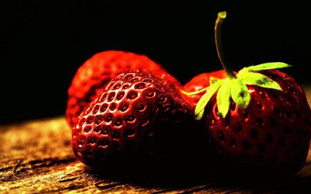 والپیپر زیبا از میوه توت فرنگی full hd wallpaper strawberry