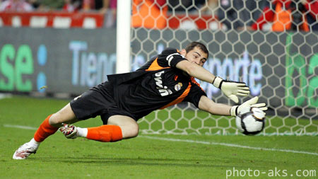 ایکر کاسیاس فرناندز iker casillas goal keeper