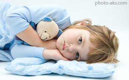 عکس دختر بچه زیبا در رختخواب beauty lovely girl kid