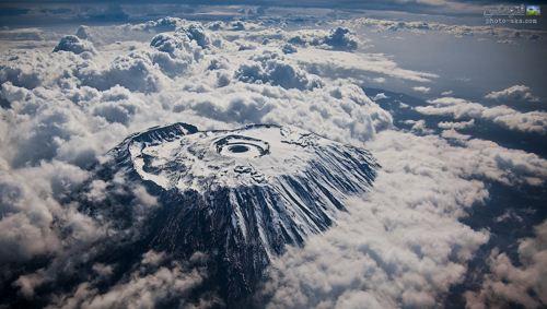 عکس هوایی کوه های کلیمانجارو kilimanjaro mountains