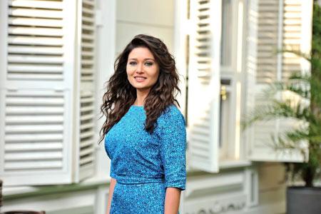 زیباترین بازیگران زن ترک nurgul yeshilchay gozal