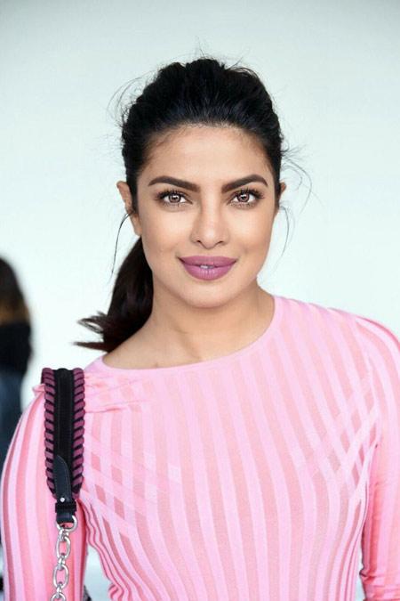 پریانکا چوپرا با لباس صورتی pink dress priyanka chopra