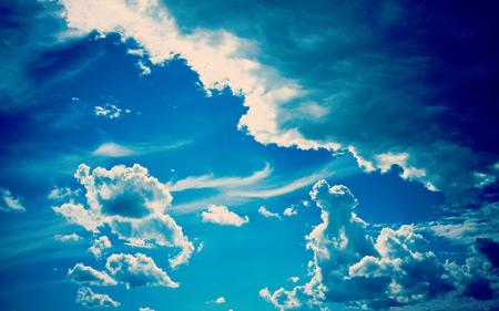 تصویر زمینه آسمان کبود shapphire sky wallpaper
