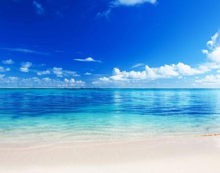 مناظر زیبا طبیعت آرام ساحل دریا sea beach sand tropics