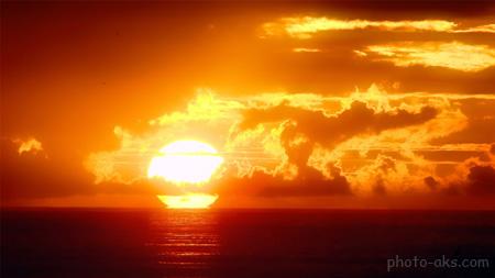 غروب زیبا آفتاب در دریا beautiful sunset