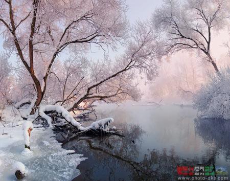 رودخانه سرد در زمستان river in winter