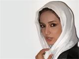 عکس شبنم قلی خانی با شال سفید
