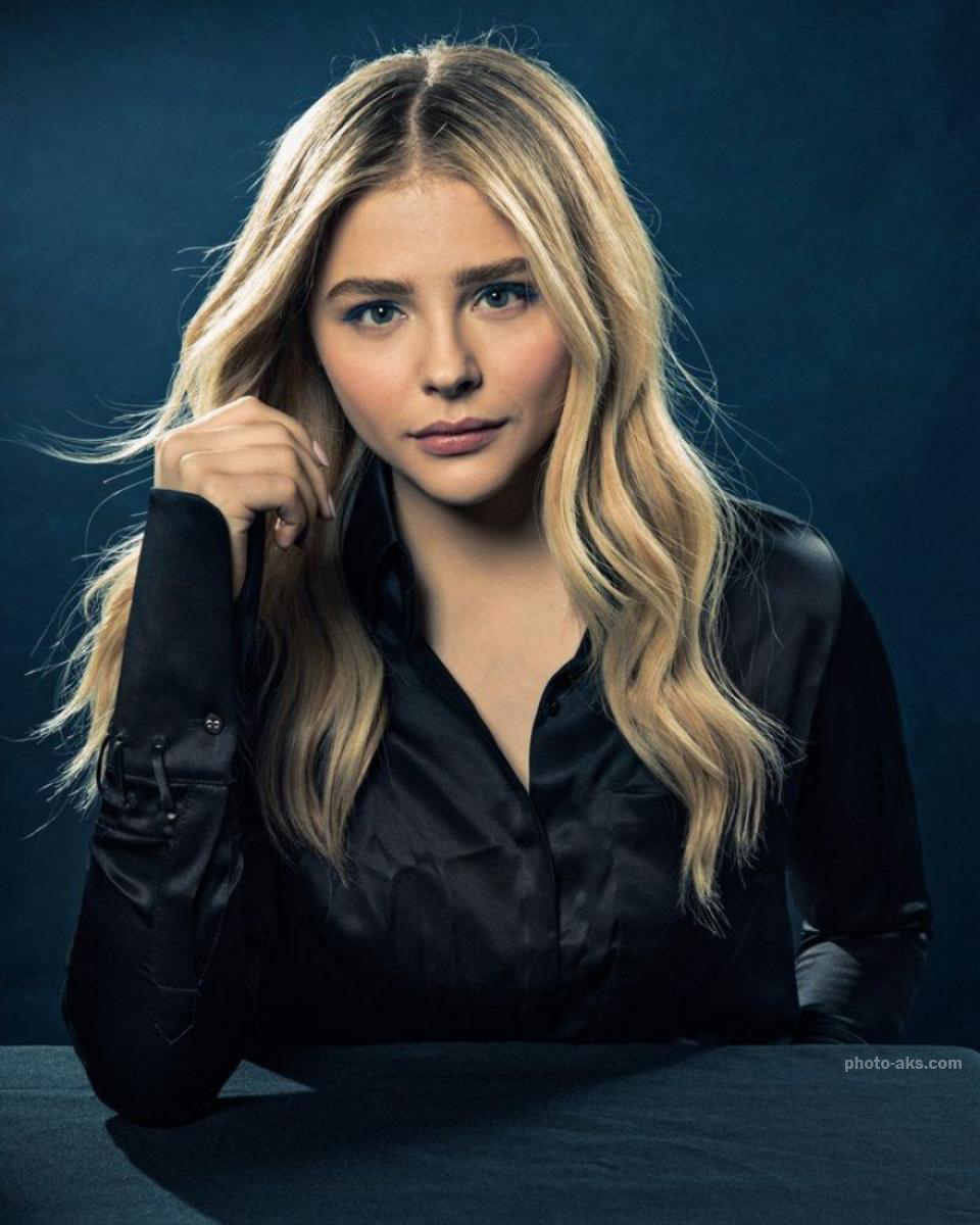 http://pic.photo-aks.com/photo/actor/bazigaran-zan/large/chloe-grace-moretz.jpg