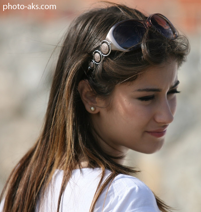 http://pic.photo-aks.com/photo/actor/bazigaran-zan/large/hazal_kaya.jpg