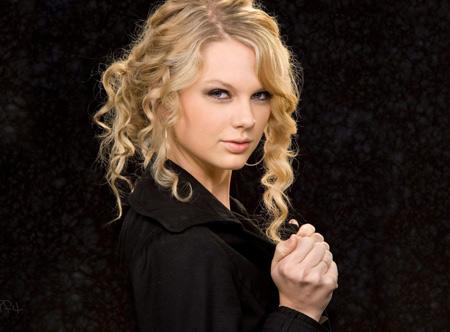 عکس دختر خوشگل مو بلوند taylor swift blonde girl