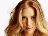 چهره زیبا بازیگر زن جذاب خارجی