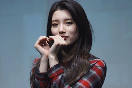 عکس زیبا بائه سوزی بازیگر کره ای bae suzy wallpapers