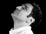 محمدرضا فروتن سیاه و سفید