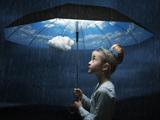 عکس هنری دختر بچه با چتر