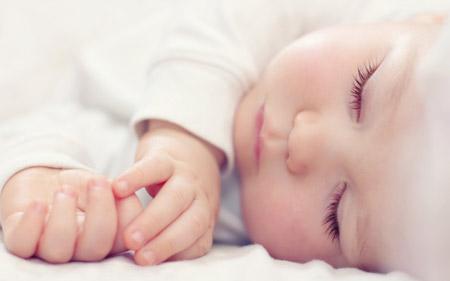 عکس خواب ناز کودک child rest