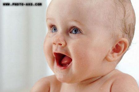 عکس بچه در حال خندیدن  sweet baby