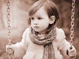 عکس تاب بازی دختربچه