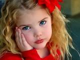 دختر مو طلائی خوشگل