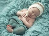 عکس بچه ناز در خواب شیرین