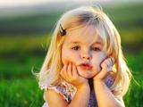 دختر کوچولوی شیرین و بامزه