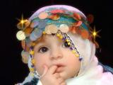دختر بچه ناز با لباس کردی