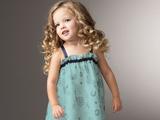 دختر بچه ناز و خوشگل