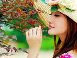 عکس رمانتیک دختر زیبا کنار درخت