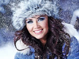 عکس دختر در روز برفی زمستانی