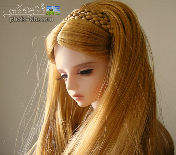 http://pic.photo-aks.com/photo/images/dolls/large/golden_hair_girl_toy.jpg