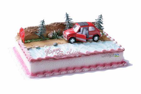 کیک تولد با طرح پسرانه boy car birthday