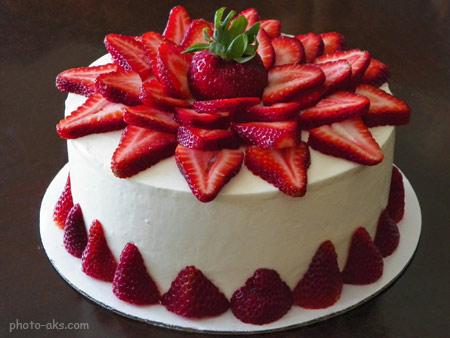 کیک تولد توت فرنگی cake tavalod totfarangi