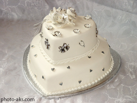 عکس کیک عروسی طرح قلب wedding cake