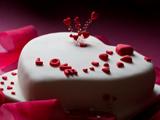 کیک تولد عاشقانه قلب شکل