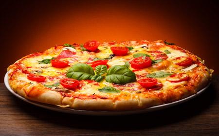 والپیپر پیتزا خوشمزه pizza wallpaper full hd