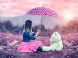 عکس دختر با عروسک تدی