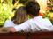 عکس عاشقانه روی نیمکت