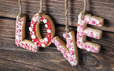 عکس لاو انگلیسی بیسکویت love latters cookies