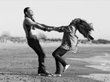 عکس شاد عاشقانه سیاه و سفید