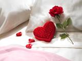 عکس عاشقانه گل رز و قلب