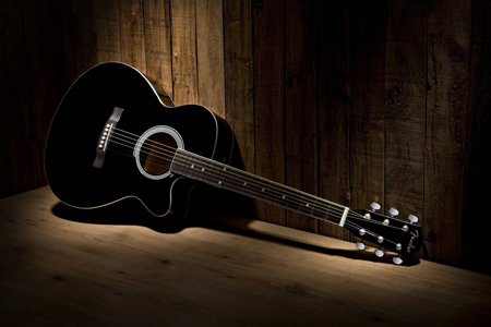 عکس گیتار آکوستیک مشکی black acoustic guitar