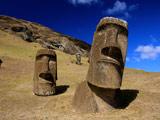 مجسمه موآی جزیره ایستر شیلی