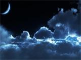 آسمان ابری در شب