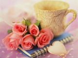 دسته گل رز صورتی عاشقانه