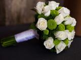 دسته گل رز سفید عروسی